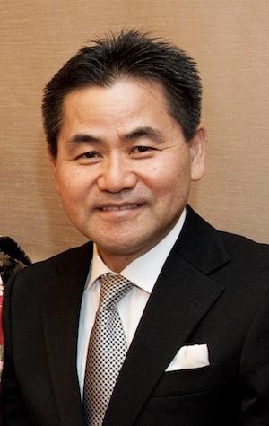 院長 坂田俊夫
